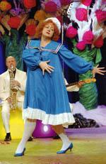 Фото Марии Ароновой со съемок фильма «Карнавальная ночь»